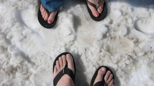 Flip-Flop-And-Snow