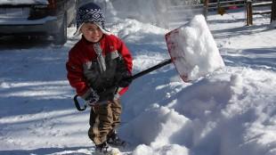 snowshoveling-